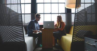 De ce ar trebui să lucreze companiile mari (și) cu agențiile (mai) mici?